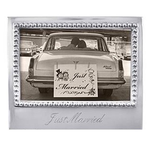 Mariposa l Just Married Frame