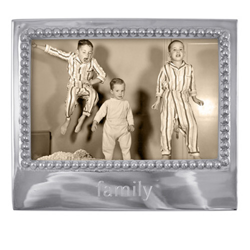 Mariposa l Family Statement Frame